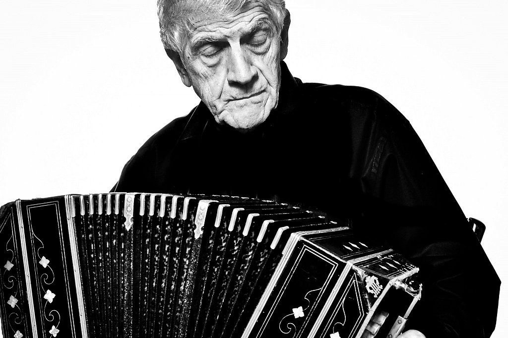 Luis Stazo